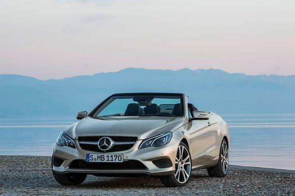 Компания Mercedes-Benz представила кабриолет и купе E-Class