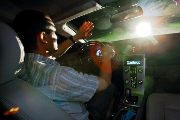 Регулировка света фар автомобиля