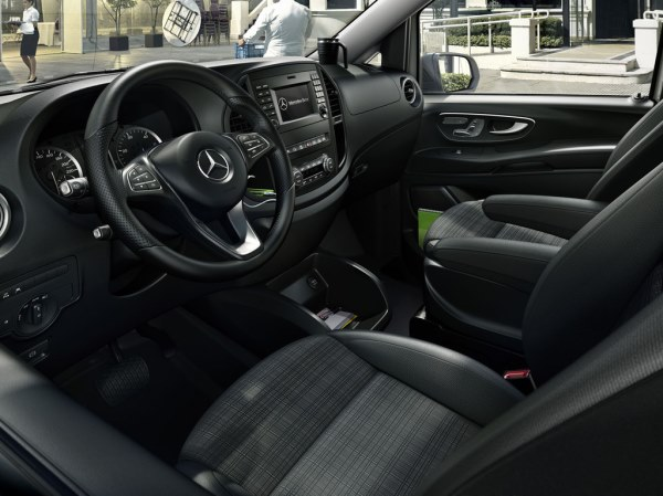 2014-Mercedes-Benz-Vito-salon