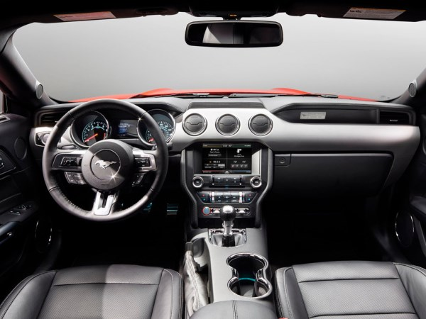 Ford-Mustang-GT-salon