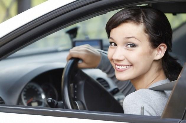 У неё нет страха вождения